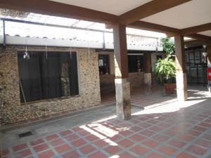 Casa En Ventaen Maracay, La Fontana, Venezuela, VE RAH: 20-12445