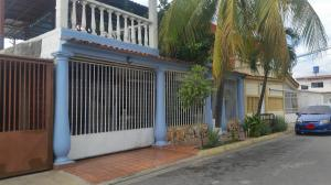 Casa En Ventaen Maracay, La Morita, Venezuela, VE RAH: 20-12466