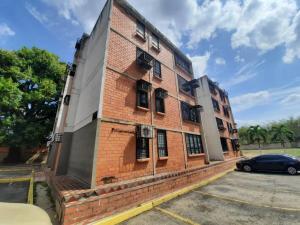 Apartamento En Ventaen Municipio Naguanagua, Casco Central, Venezuela, VE RAH: 20-13086