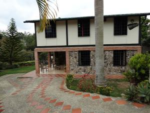 Casa En Ventaen Municipio Guaicaipuro, Pan De Azucar, Venezuela, VE RAH: 20-12509