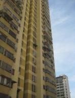 Apartamento En Ventaen Caracas, Parroquia Santa Rosalia, Venezuela, VE RAH: 20-12535