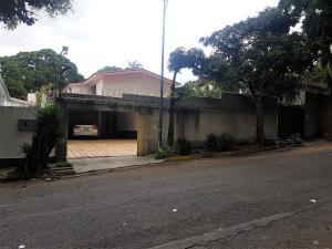Casa En Ventaen Caracas, Santa Eduvigis, Venezuela, VE RAH: 20-12546