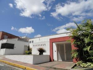 Casa En Ventaen Caracas, Alto Hatillo, Venezuela, VE RAH: 20-13308