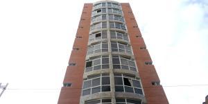 Apartamento En Ventaen Maracay, Zona Centro, Venezuela, VE RAH: 20-12619