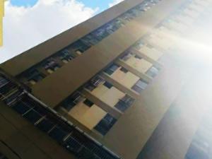 Apartamento En Ventaen Caracas, Parroquia La Candelaria, Venezuela, VE RAH: 20-12638