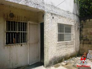 Casa En Ventaen Municipio Santiago Marino, Barrio Saman De Guere, Venezuela, VE RAH: 20-12641