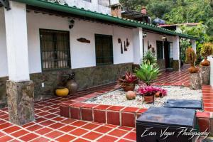 Casa En Ventaen San Diego De Los Altos, Parcelamiento El Prado, Venezuela, VE RAH: 20-12708