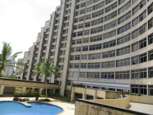 Apartamento En Ventaen Margarita, Avenida Bolivar, Venezuela, VE RAH: 20-12770