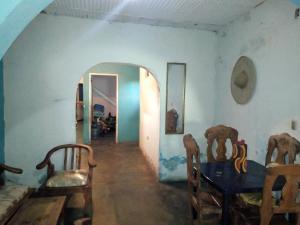 Casa En Ventaen Maracay, Barrio Bolivar, Venezuela, VE RAH: 20-12825