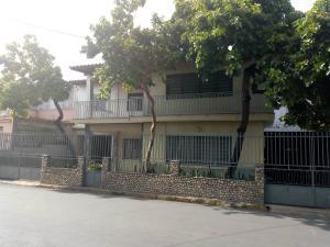 Casa En Ventaen Maracay, La Cooperativa, Venezuela, VE RAH: 20-12827