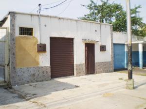 Local Comercial En Alquileren Maracay, Santa Rosa, Venezuela, VE RAH: 20-12921