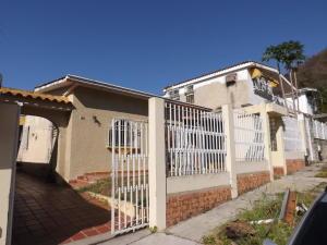 Casa En Ventaen Valencia, Trigal Norte, Venezuela, VE RAH: 20-12935