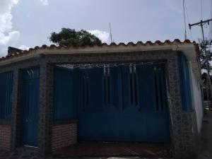 Casa En Ventaen Cagua, Carretera Nacional, Venezuela, VE RAH: 20-12966