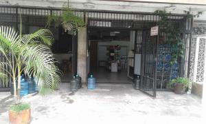 Local Comercial En Ventaen Caracas, Bello Campo, Venezuela, VE RAH: 20-13007