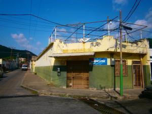 Casa En Ventaen Valencia, San Blas, Venezuela, VE RAH: 20-13023