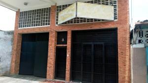 Edificio En Ventaen Maracay, Zona Centro, Venezuela, VE RAH: 20-13045