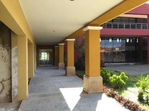 Local Comercial En Ventaen Maturin, San Miguel, Venezuela, VE RAH: 20-13237