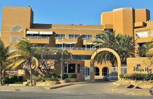 Apartamento En Ventaen Lecheria, Boulevard Playa Lido, Venezuela, VE RAH: 20-13284