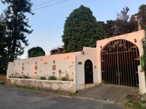 Casa En Ventaen El Junquito-Vargas, El Junko Country Club, Venezuela, VE RAH: 20-13162