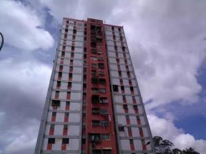 Apartamento En Ventaen Caracas, Caricuao, Venezuela, VE RAH: 20-13406