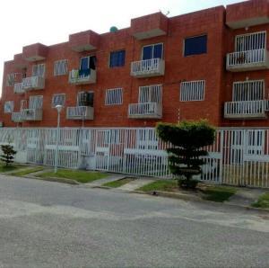 Apartamento En Ventaen Cabudare, Parroquia Cabudare, Venezuela, VE RAH: 20-13437
