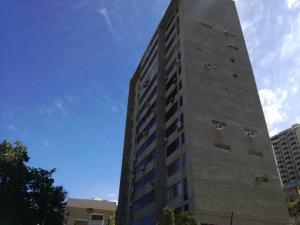 Apartamento En Ventaen Catia La Mar, Playa Grande, Venezuela, VE RAH: 20-13431