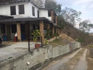 Casa En Ventaen Municipio Cristobal Rojas, El Bucare, Venezuela, VE RAH: 20-13439