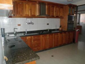 Apartamento En Ventaen Punto Fijo, Punto Fijo, Venezuela, VE RAH: 20-13448