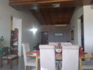 Apartamento En Ventaen Punto Fijo, Santa Irene, Venezuela, VE RAH: 20-13490