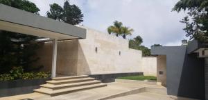 Casa En Ventaen Caracas, La Lagunita Country Club, Venezuela, VE RAH: 20-13491