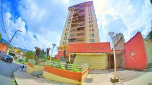 Apartamento En Ventaen Los Teques, El Trigo, Venezuela, VE RAH: 20-13533