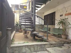 Casa En Ventaen Caracas, La California Norte, Venezuela, VE RAH: 20-13622