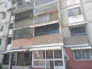 Apartamento En Ventaen Caracas, Caricuao, Venezuela, VE RAH: 20-13686