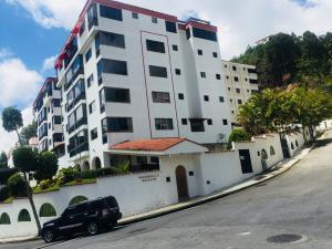 Apartamento En Ventaen San Antonio De Los Altos, Las Salias, Venezuela, VE RAH: 20-13756