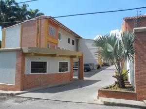 Apartamento En Ventaen Maracay, El Limon, Venezuela, VE RAH: 20-13768