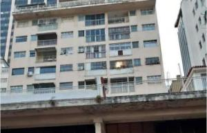 Apartamento En Ventaen Caracas, Parroquia La Candelaria, Venezuela, VE RAH: 20-14758
