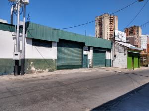 Galpon - Deposito En Ventaen Maracay, Zona Centro, Venezuela, VE RAH: 20-14110