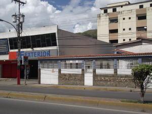 Casa En Ventaen La Victoria, Avenida Victoria, Venezuela, VE RAH: 20-14129