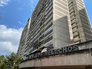 Apartamento En Ventaen San Antonio De Los Altos, Los Salias, Venezuela, VE RAH: 20-14316