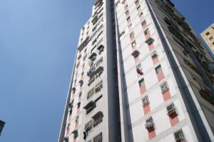 Apartamento En Ventaen Caracas, Caricuao, Venezuela, VE RAH: 20-14162