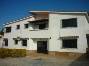 Casa En Ventaen Higuerote, Ciudad Balneario Higuerote, Venezuela, VE RAH: 20-14194