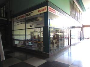 Local Comercial En Alquileren Caracas, Las Mercedes, Venezuela, VE RAH: 20-14236