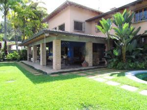 Casa En Ventaen Caracas, Alto Hatillo, Venezuela, VE RAH: 20-14238