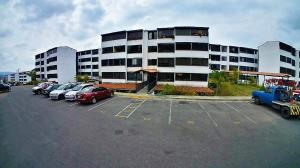 Apartamento En Ventaen Los Teques, El Solar De La Quinta, Venezuela, VE RAH: 20-14281
