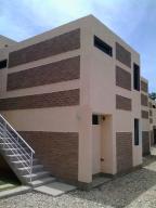 Townhouse En Ventaen Rio Chico, Los Canales De Rio Chico, Venezuela, VE RAH: 20-14311