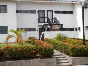 Apartamento En Ventaen Rio Chico, Los Canales De Rio Chico, Venezuela, VE RAH: 20-14321