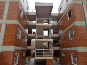 Apartamento En Ventaen Guatire, El Encantado, Venezuela, VE RAH: 20-14328