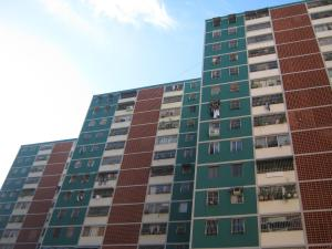 Apartamento En Ventaen Guarenas, Guarenas, Venezuela, VE RAH: 20-14448