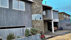 Casa En Ventaen Punto Fijo, Guanadito, Venezuela, VE RAH: 20-14464