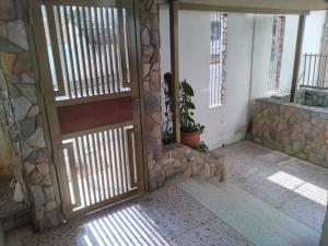 Oficina En Alquileren Valencia, Terrazas De Los Nisperos, Venezuela, VE RAH: 20-14519